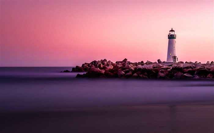 Dreamy coast lighthouse purple sky Views:1114