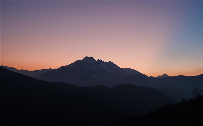 Hautes pyrenees Sunset Silhouette Views:1026