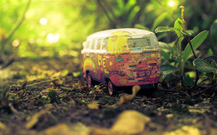 Nature forest plant sunshine car toy Views:869