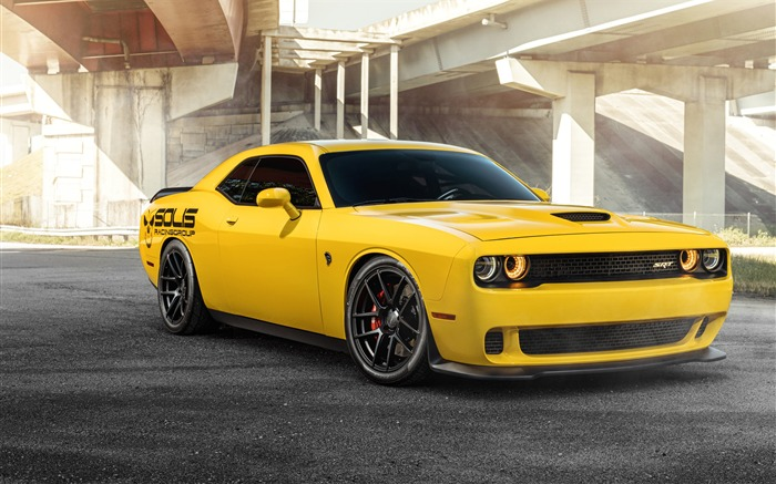 Dodge srt hellcat yellow luxury car Views:826