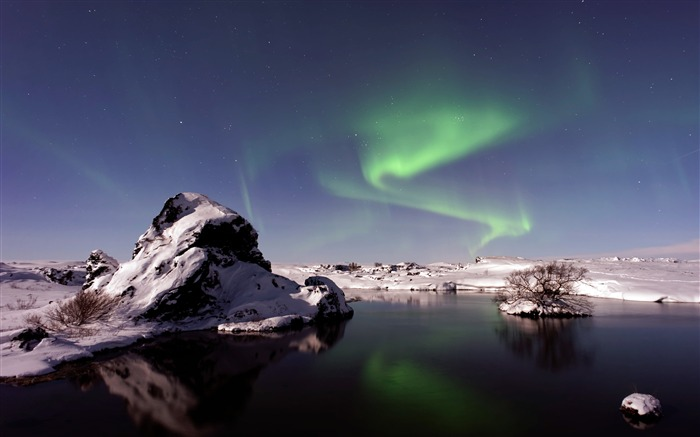 Winter iceland snow night aurora Views:1066