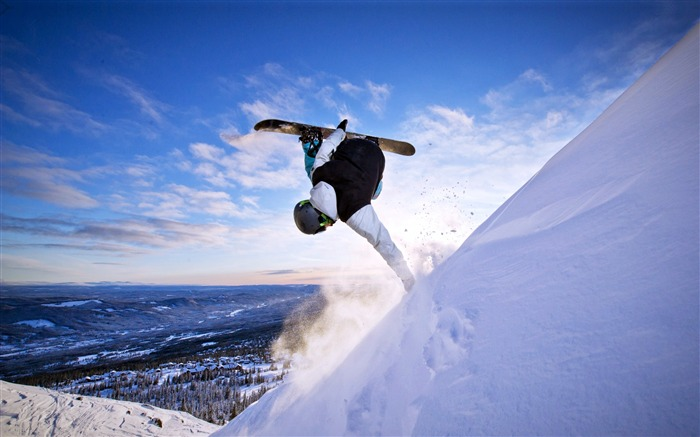 Extreme sport winter snowboarding blue sky Views:782