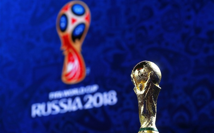FIFA World Cup Russia 2018 Trophy Closeup Views:1747