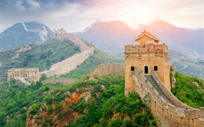 Great Wall China Scenic Spots Sunlight Scenery Views:9764 Date:5/8/2018 8:33:30 AM