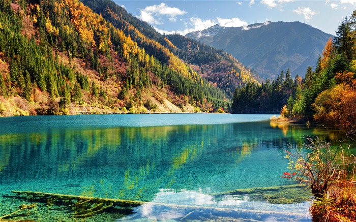 Jiuzhaigou Parks 2017 Autumn Lake Mountains Views:7109 Date:5/20/2018 9:08:42 AM