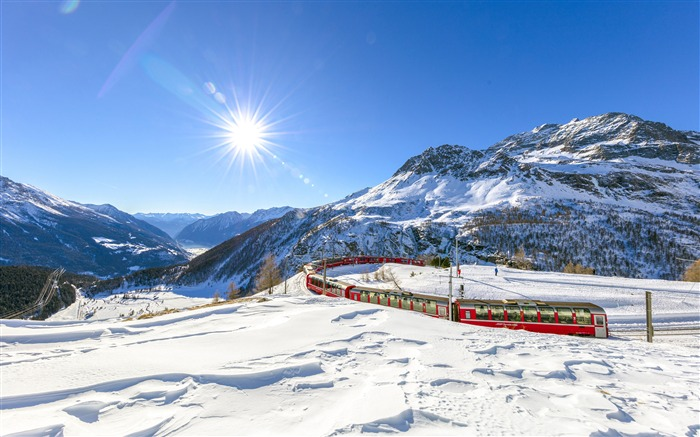 Switzerland Snow Mountains Winter Trains Views:6912 Date:5/8/2018 9:12:24 AM