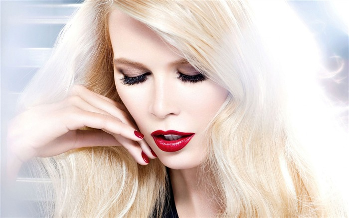 Claudia Schiffer Beauty Actress 2018 Poster Views:159