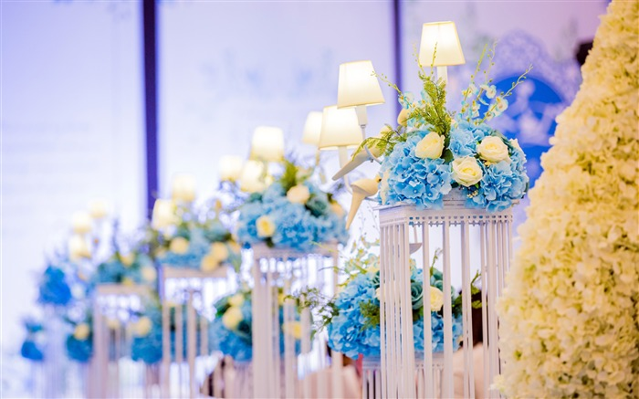 Romantic wedding scene flowers decoration lamp Views:1511 Date:9/17/2018 3:23:01 AM
