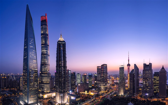 Shanghai Lujiazui Landmark Night HD Photography Views:3178 Date:11/6/2019 9:07:52 AM