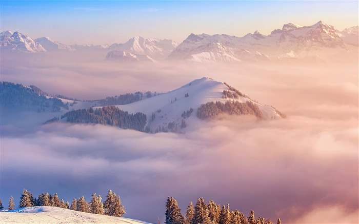 Swiss Mountains and clouds 2020 Scenery HD Photography Views:2464 Date:5/7/2020 6:38:18 AM